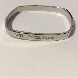 "Jewelry - ✨Square Silver Tone ""Love, Faith, Hope"" Bracelet✨"